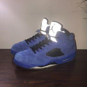 Blue sued Jordan 5 customs